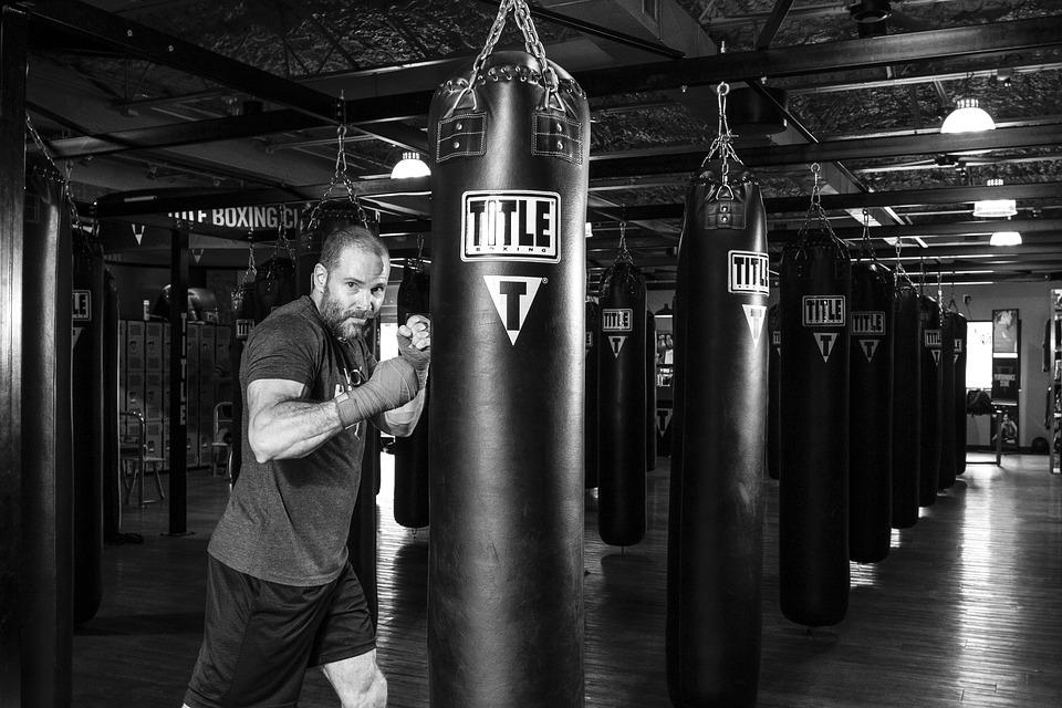 nuovo sacco da BOXE Soffitto Supporto a parete gancio MMA