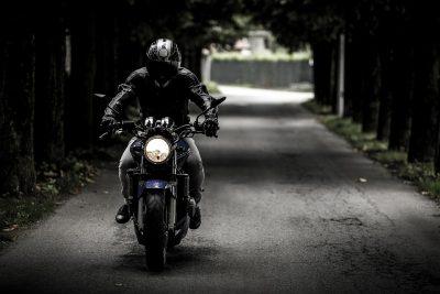 migliori-guanti-moto